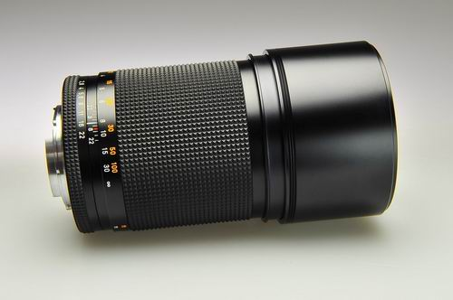 Carl Zeiss Sonnar T* 180/2.8 C/Y vs Leica Apo-Elmarit-R 180 mm f/2.8 vs Canon EF200mm f/2.8L II USM