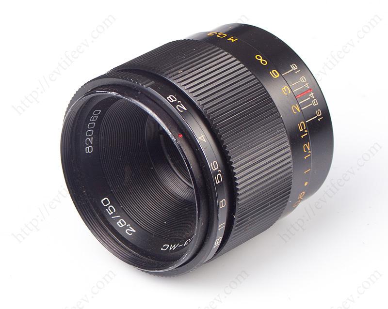 Оптическая схема... стандартный объектив для зеркальных фотокамер с присоединительной резьбой m39 и m42, построенный...