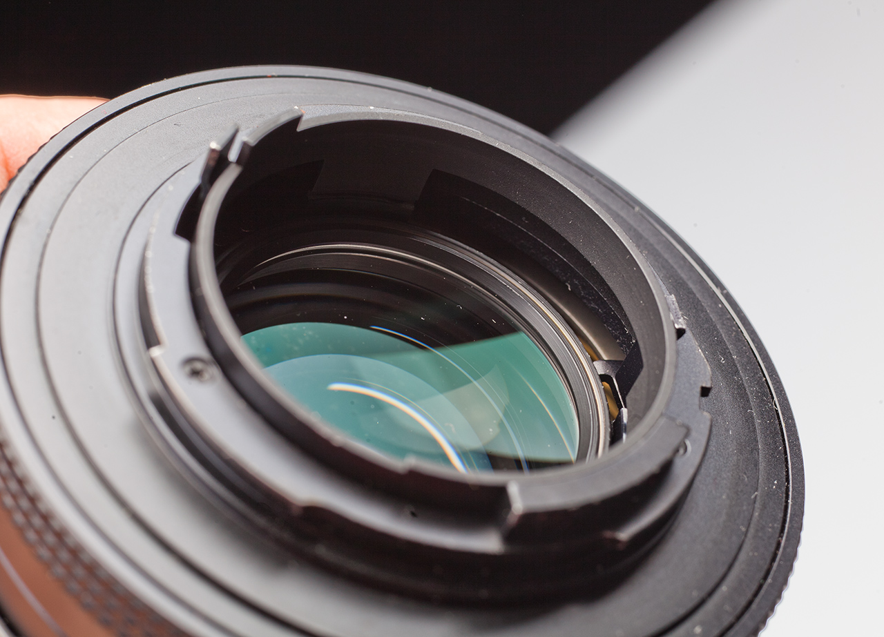 Carl Zeiss Planar 85 / 1.4 manufactured in West Germany