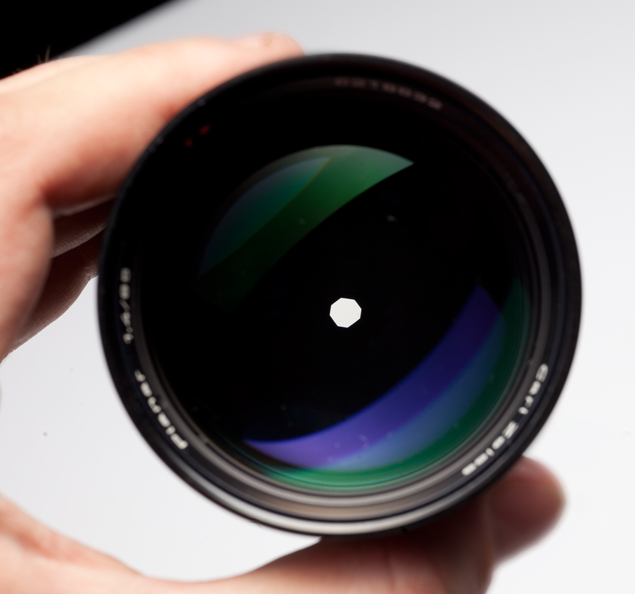 German Carl Zeiss Planar 85/1.4 with aperture closed to F8