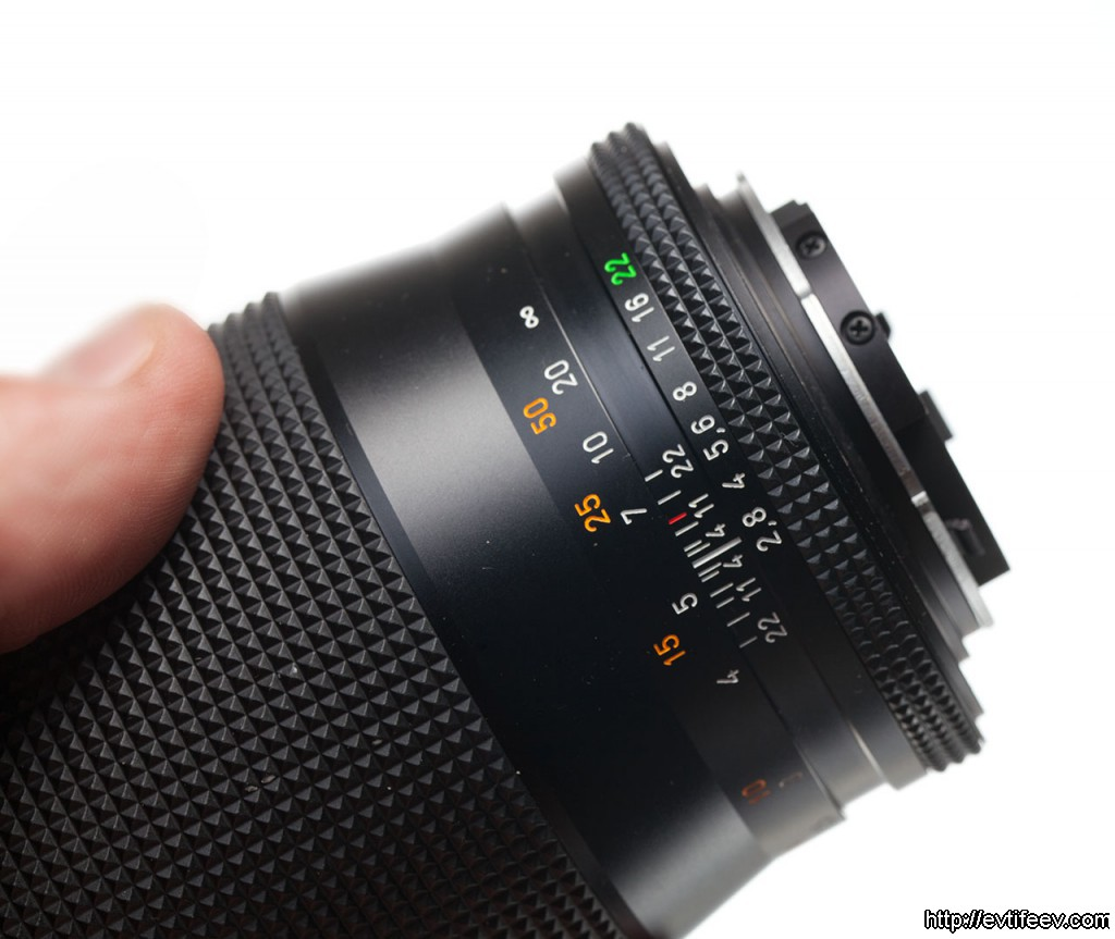 carl zeiss sonnar 135/2.8