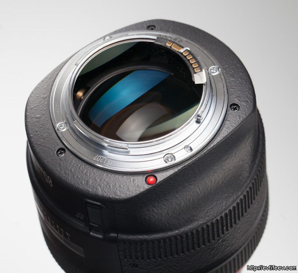 Объектив Canon EF 85mm f/1.2L USM