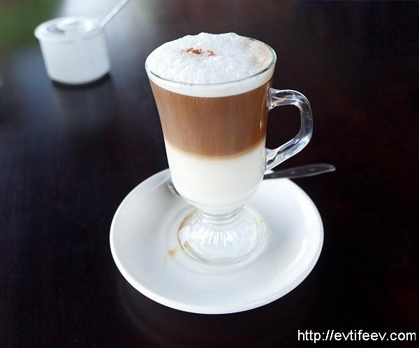 кофе латте в индонезии