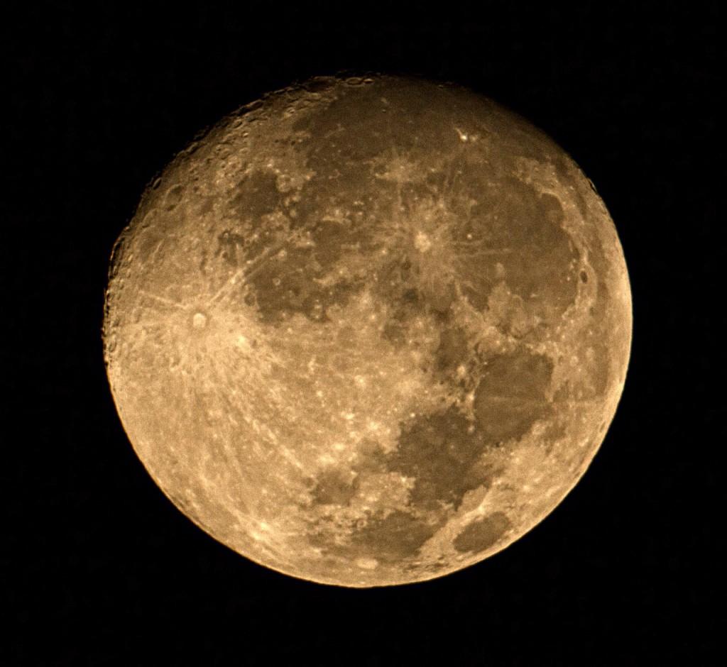 http://evtifeev.com/18898-obektiv-mto-1000a-1100-10-5-boke-i-prochee-dopolnenie-predyidushhey-stati.html#luna