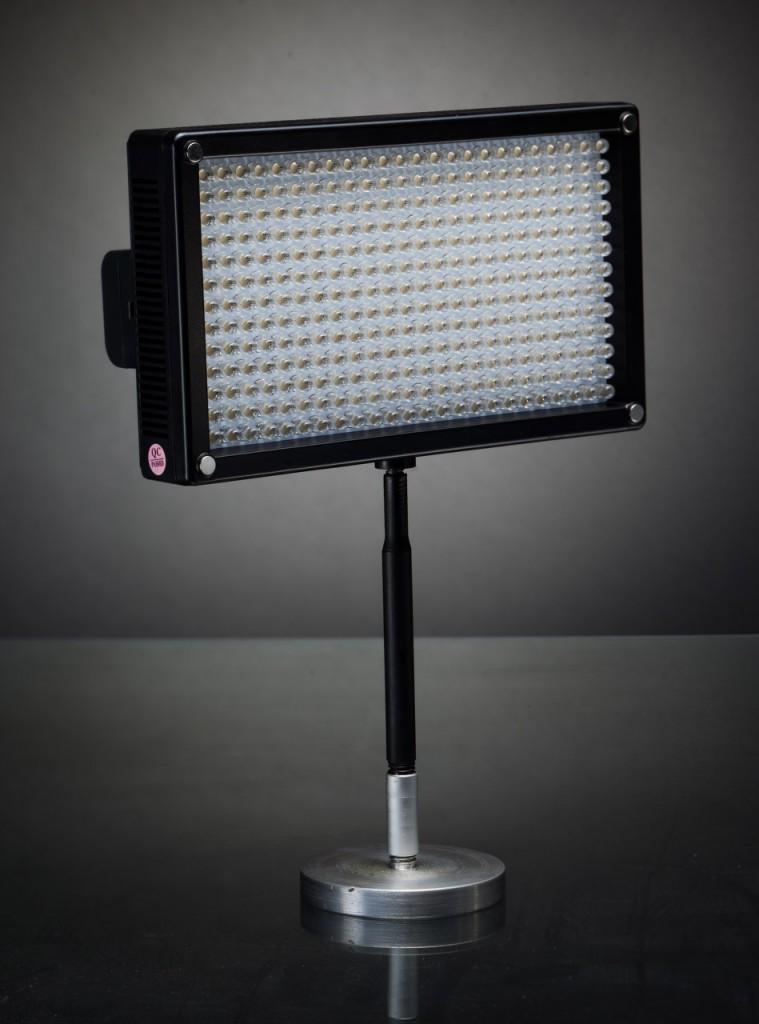 Накамерные светодиодные осветители