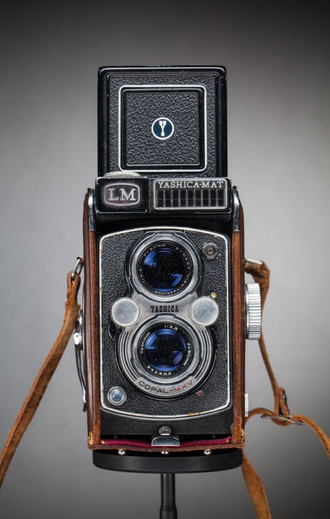 Обзор камеры Yashica MAT LM