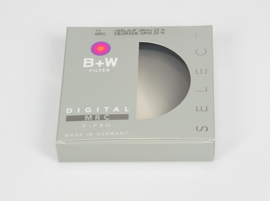 B+W 702 Graduated ND Filter 25% MRC