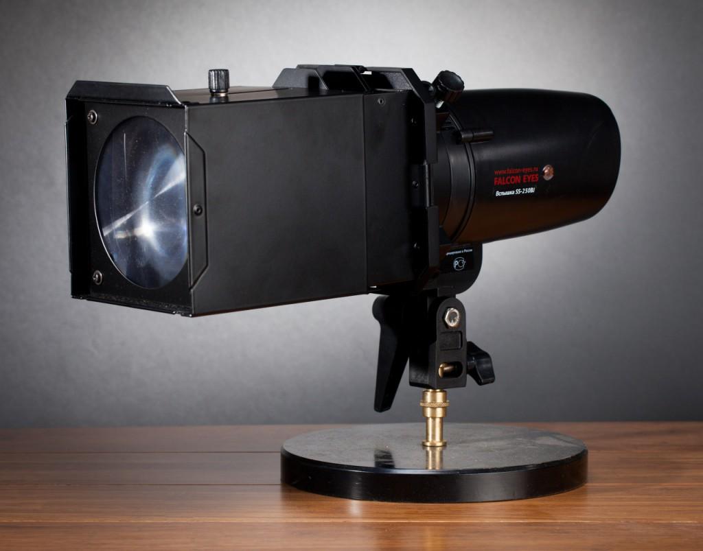 Насадка оптическая Falcon Eyes SLS-PP28