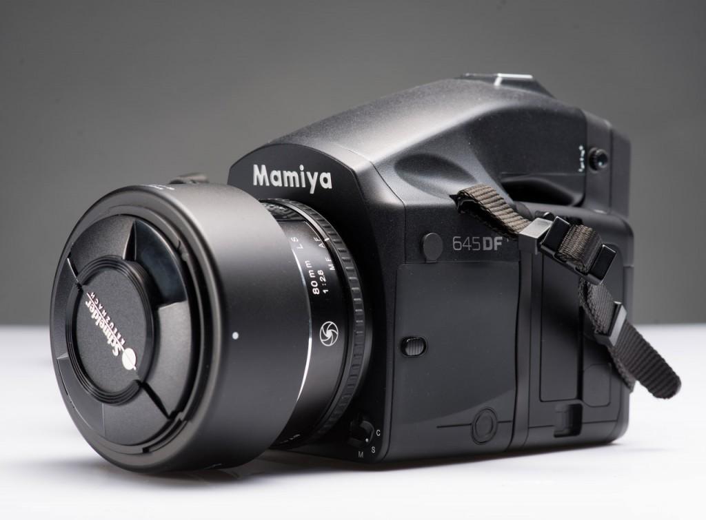 Отличия среднеформатных камер Mamiya 645