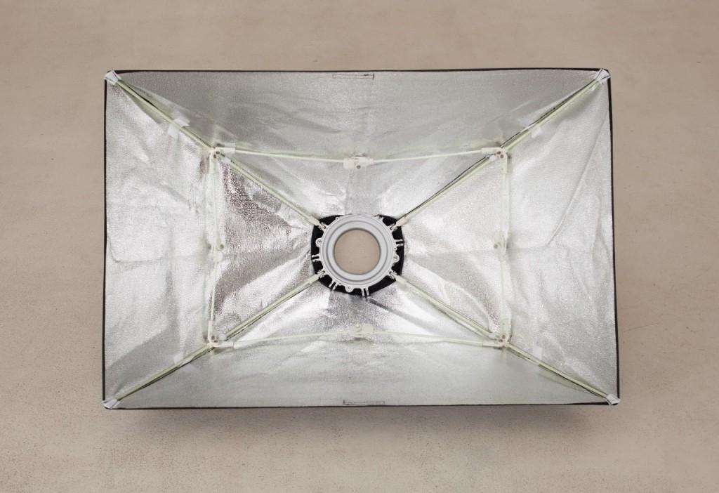 Студийная фотосъемка: быстроскладные софтбоксы Falcon-eyes