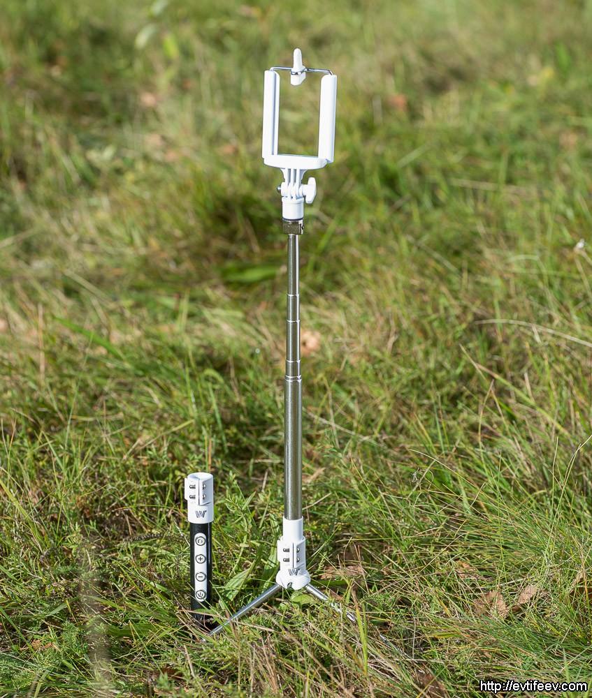 Соорудив такой штатив, Вы можете произвести съёмку отойдя на несколько метров (спасибо беспроводной связи).