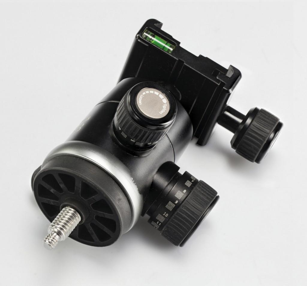Обзор штативов Falcon Eyes:  RedLine Pro-616 3D6 с 3D-головкой и Red Line Pro-916 с шаровой головкой