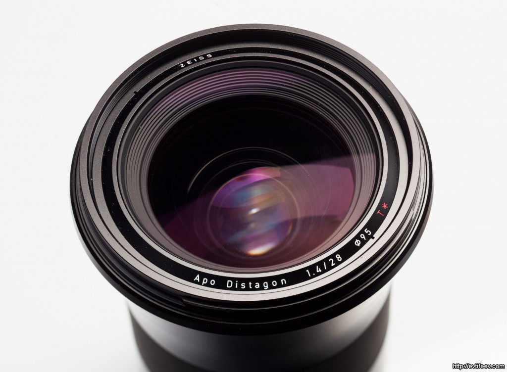 Купить объектив Carl Zeiss