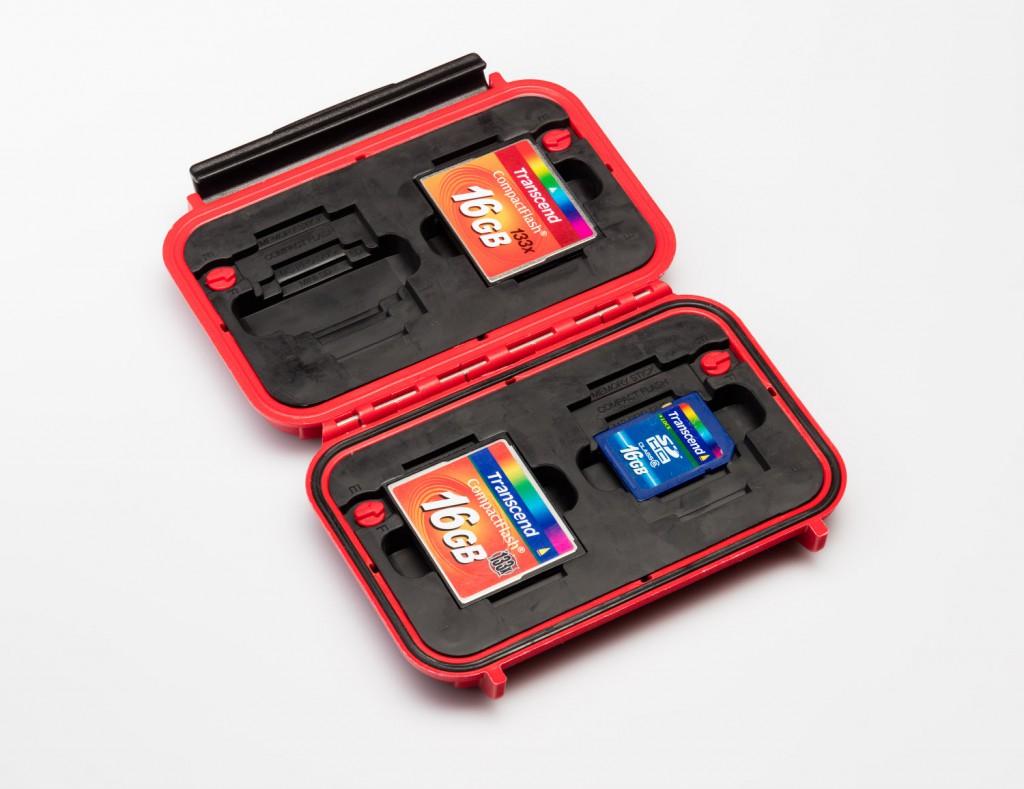 Полезные аксессуары для фотографа: кейсы HPRC, чехлы B+W