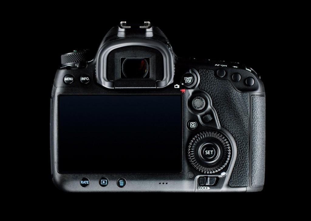 Обзор фотокамеры Canon 5D mark IV