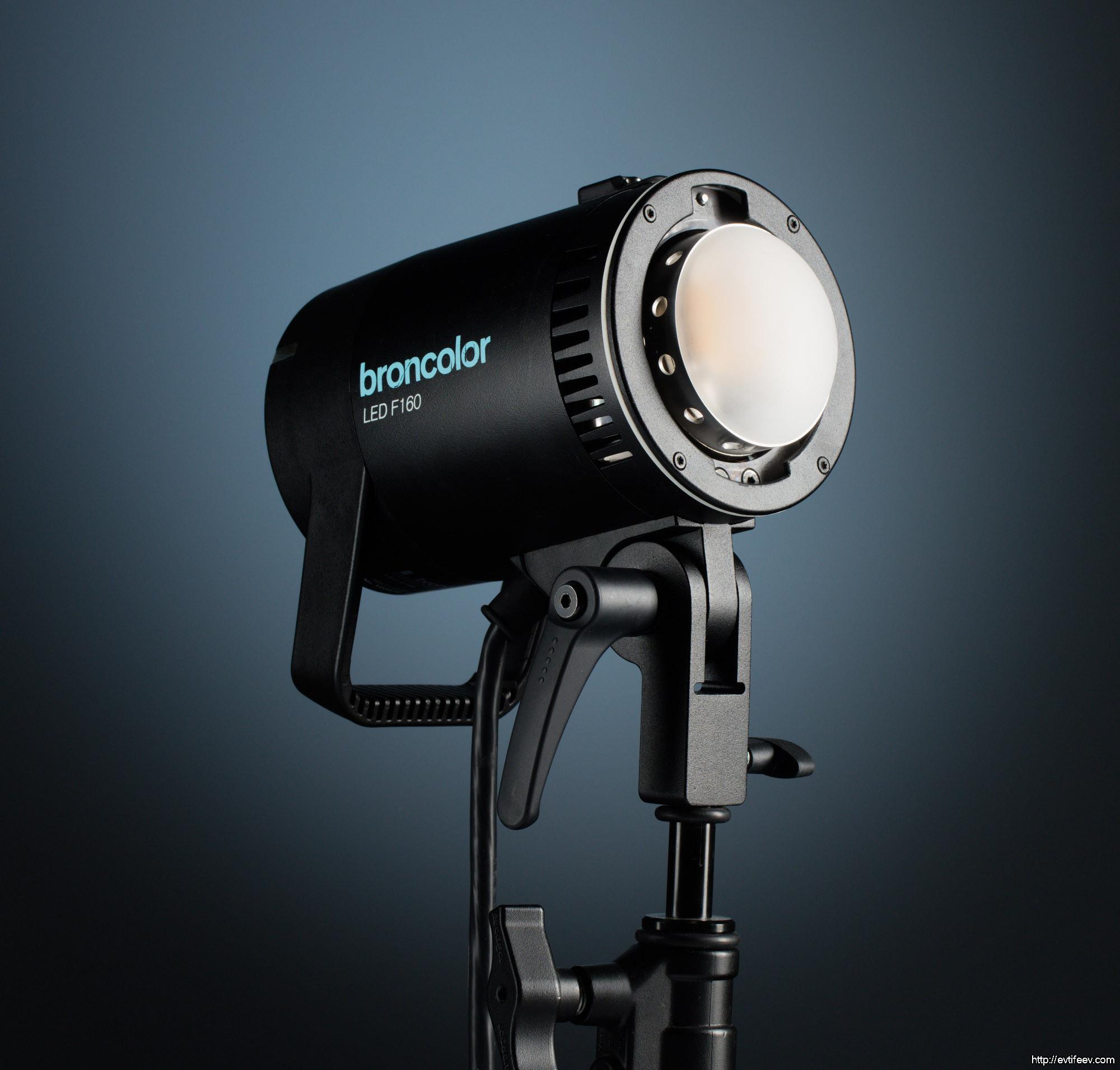 Первые впечатления от светодиодного источника света Broncolor LED F160