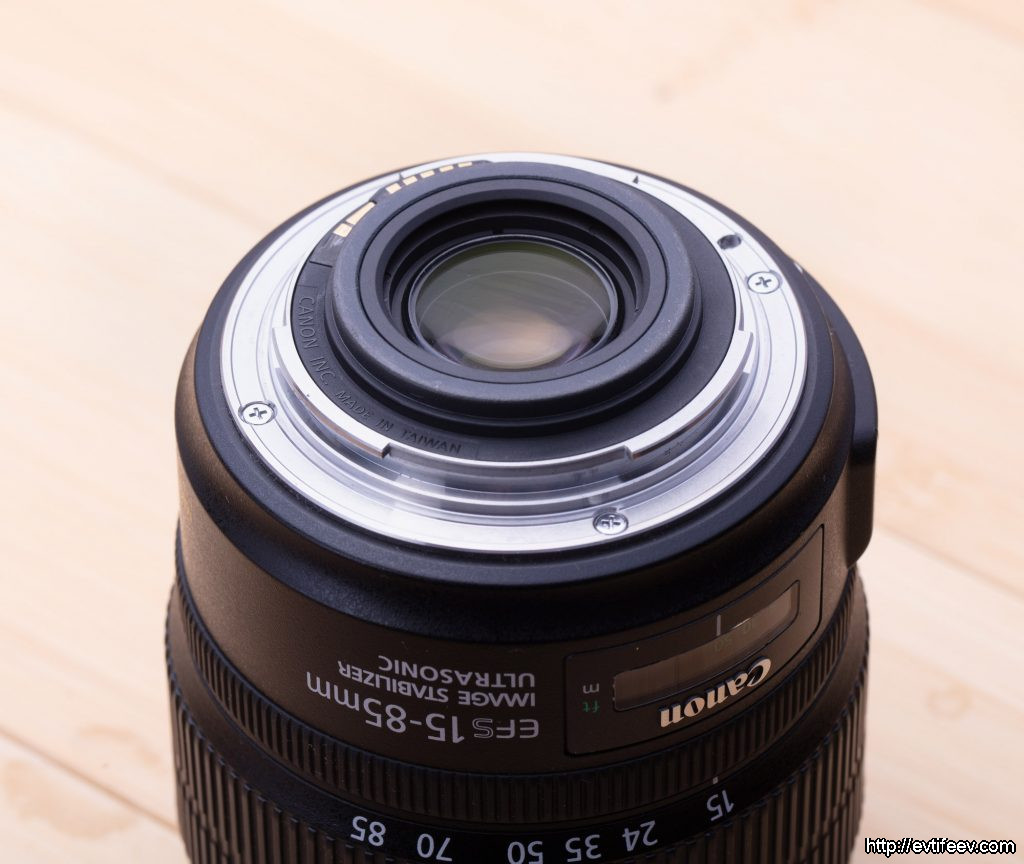 Canon 80D + Canon EF-S 15-85mm f/3.5-5.6 IS USM vs Canon 90D + Canon EF-S 18-135mm f/3.5-5.6 IS USM