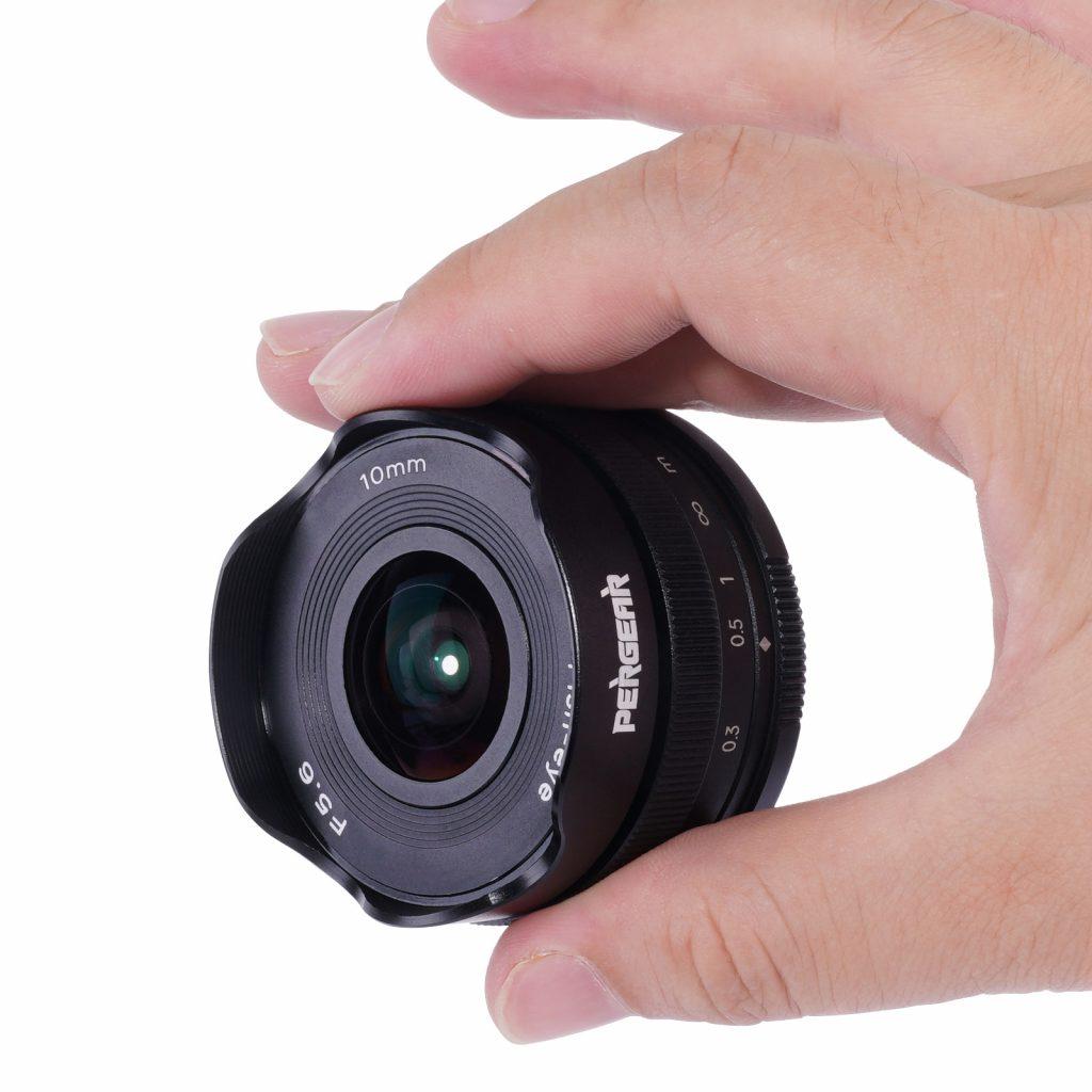 Анонс объектива Pergear 10mm F5.6 APS-C Pancake Fisheye